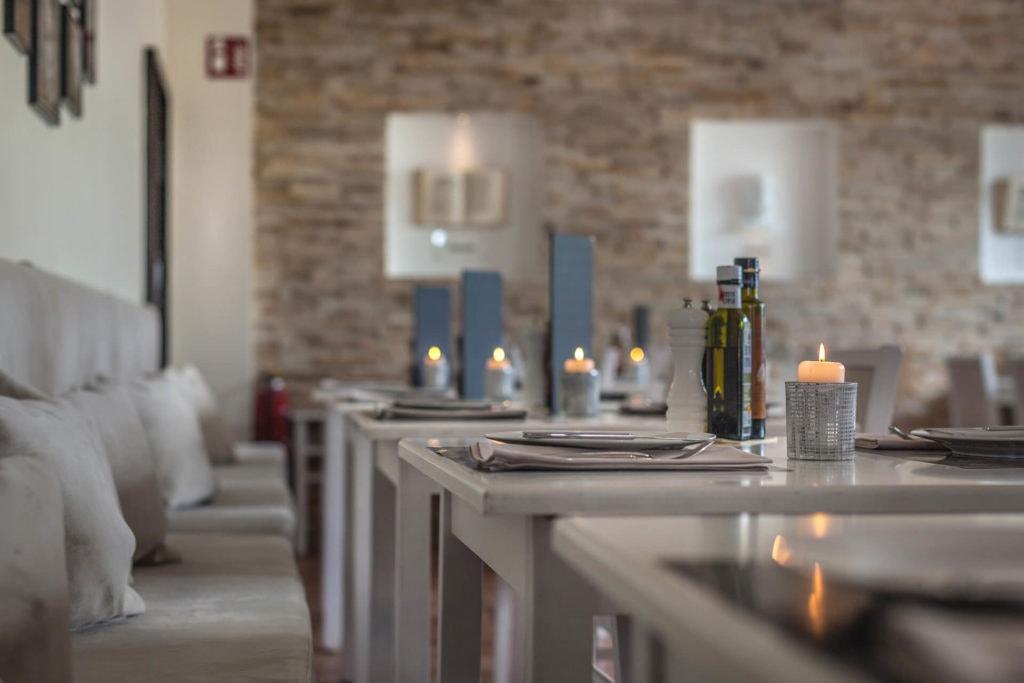 restaurant omega tisch